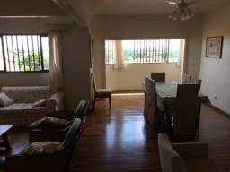 Apartamento de 154 m2 no 3º andar Rua Prudente de Moraes 111