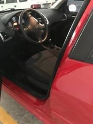 Peugeot 207 XR 1.4 flex 4p - Vermelho