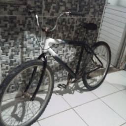 Bicicleta aro 26 velor 150 reis aceito trocas.