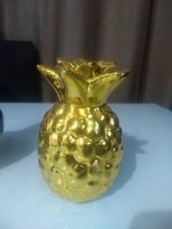 Enfeite abacaxi Dourado