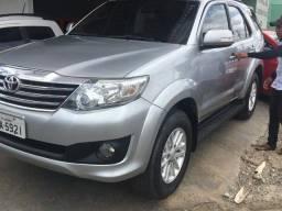 Título do anúncio: Toyota Hilux SW4 FLEX 2015