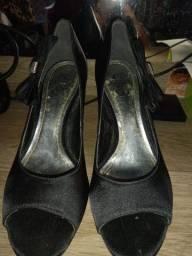 Sapato de festa, bom estado tamanho 35
