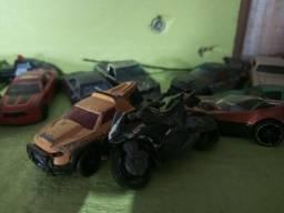 Todos esses carrinhos colecionáveis 80 reais