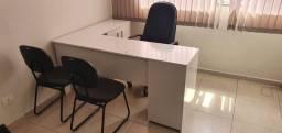 Título do anúncio: Mesa para recepção branca com 3 cadeiras