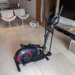 Título do anúncio: Aparelho Fitness Elíptico Magnético E2 Novo