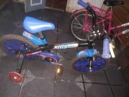Título do anúncio: Vendo essa bicicleta infantil está semi nova .Qualque duvida chama watssap . *