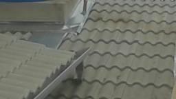 Só telhados e calhas