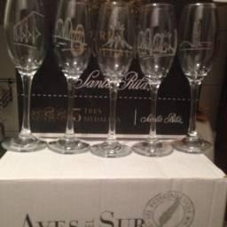 Taças de Vinho novas na caixa