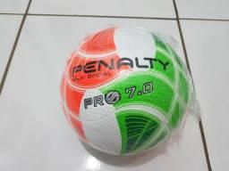 Bola de vôlei Penalty 7.0