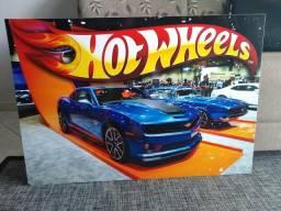 Mochila de rodinhas e quadro de PVC Hot Wheels