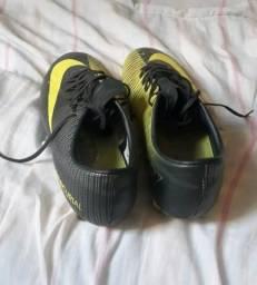 387724b115 Futebol e acessórios - Região de Piracicaba