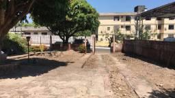 Casa em terreno grande na Barão do Rio Branco
