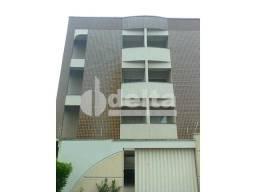 Apartamento para alugar com 3 dormitórios em Santa maria, Uberlandia cod:211374