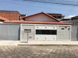 Bravo imóveis vende casa com Fino Acabamento no Bairro Cohab 03 - Aracruz/ES