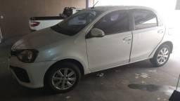 Etios / toyota 2019, automático 4 portas, branco perolado