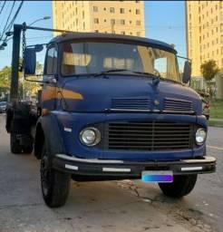 Caminhão Poly Toco