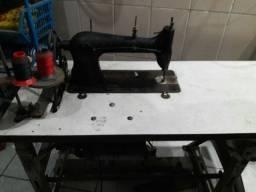 Máquina de Costura Industrial R$ 500,00