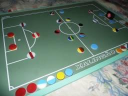Mesa Xalingão jogo de botão linda perfeita novíssima no centro de Poa-rs
