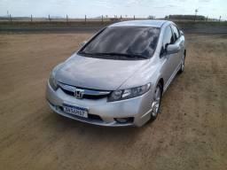 Honda Civic altomatico lxs 2.0
