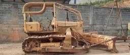 Trator esteira AD7B