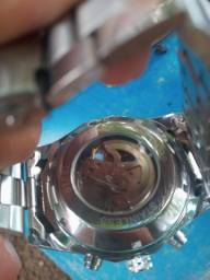 relógio automático prata