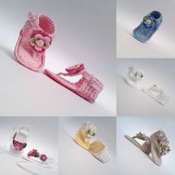 Sandalinhas de bebe de croche feminina varias cores e modelos