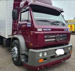 Título do anúncio: Caminhão VW 18 310 Titan baú