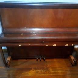 Título do anúncio: piano tipo armário m schwartzmann