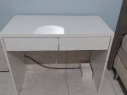 Título do anúncio: Mesa com duas gavetas
