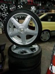 Jogo de rodas aro 17, Marca Volcano, Modelo Axxis, com pneus 195.40.17 usadas 1 semana.