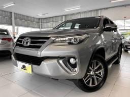 Toyota Hilux SW4 2.8 SRX 7 LUAGRES