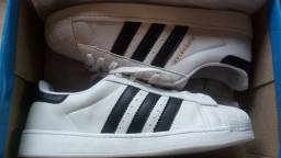 Tênis Adidas Superstars (Unisex)