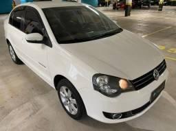 Volkswagen Polo Sedan COMFORT 4P