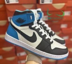 Título do anúncio: Botinha Nike Air Jordan preto/azul (PROMOÇÃO)