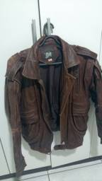 Vendo jaqueta de couro legítima age tina