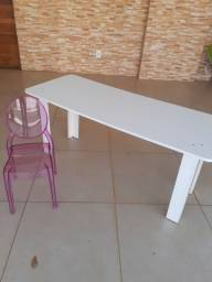 Cadeira e mesa infanti