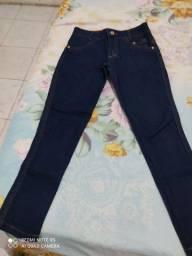 Vendo calça jeans Tam 10 anos