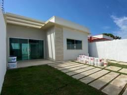 Casa na Ponta Negra 3 quartos, condomínio fechado