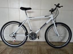 Bicicleta aro 26 nova aero branca