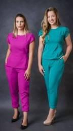 Pijamas cirúrgicos luxuosos