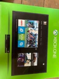 Título do anúncio: Xbox one semi novo