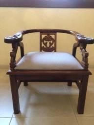Título do anúncio: Poltrona madeira com assento em linho