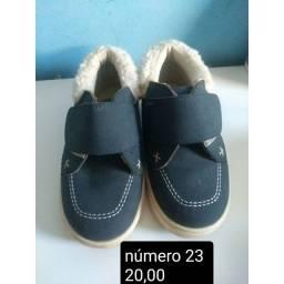 Sapato e sandália infantil