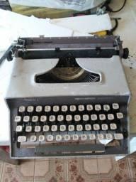 Máquina De Escrever Remington Monarch Sperry Rand