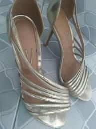 Sandália Salto / Sapato