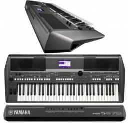 Teclado musical yamaha psr s670