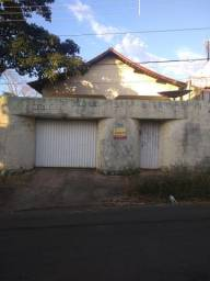Vendo essa casa na Rua D entre a 14 e 17 Cidade Nova
