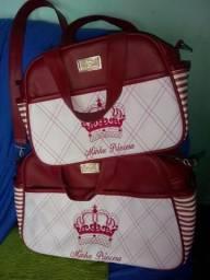 2 bolsa de Criança semi nova pra vender logo!