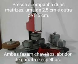 Vendo prensa de Bottons por apenas R$ 1300,00