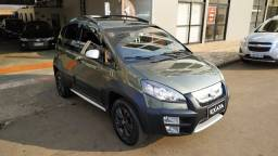 Fiat Idea Adventure 1.8 Flex Aut. 2011